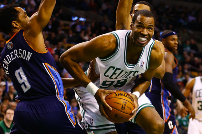 Jason Collins playing for the Boston Celtics before revealing the truth about his sexuality | Source: Sports Illustrated